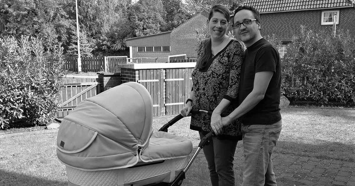 wochenbett erfahrungen 2 woche alltag gestalten mit baby. Black Bedroom Furniture Sets. Home Design Ideas